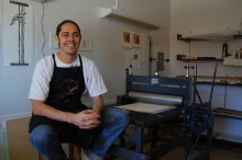 Printmaker Jacob Meders (Mechoopda Maidu).