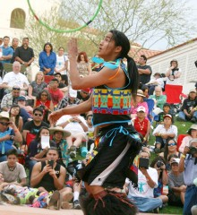 Nakotah LaRance (Hopi/Tewa/Assiniboine) won a second consecutive adult hoop dance world title at the 2016 Heard Museum World Championship Hoop Dance Contest, Feb. 13-14, 2016