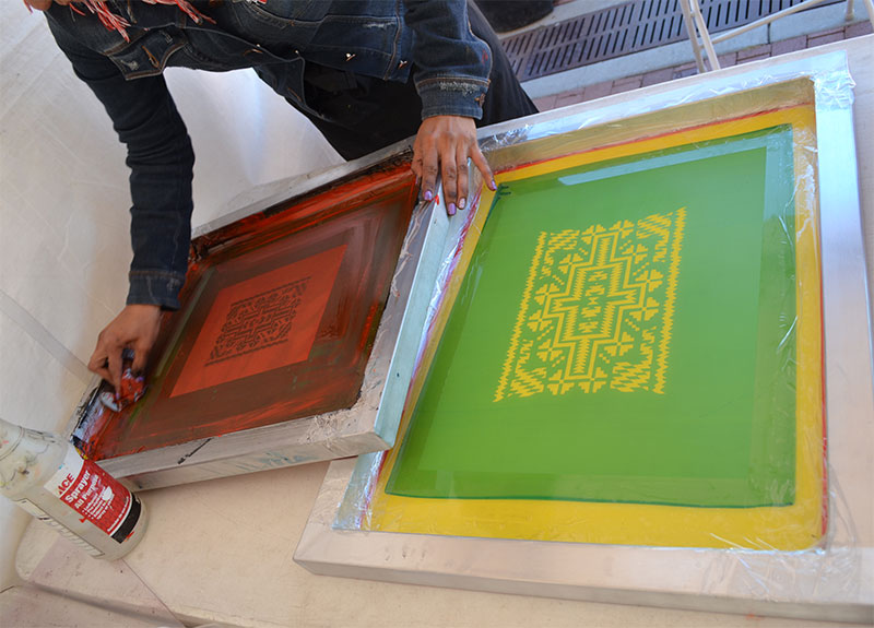 Free Summer Sundays in June will feature printmaking. Serigraphy, or screen-printing is shown in this picture.